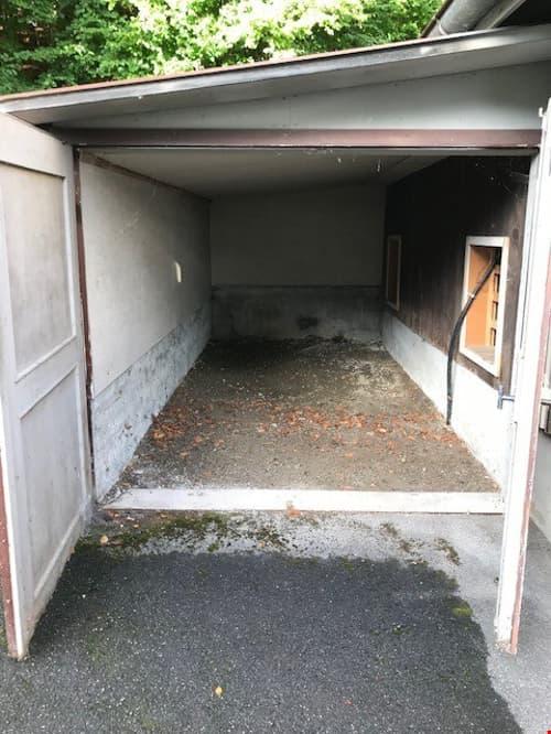 Kleine Einzelgarage für Motorrad oder Abstellraum in Belp zu vermieten