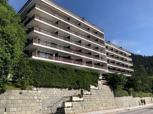 Petit appartement offrant une vue splendide sur les Alpes