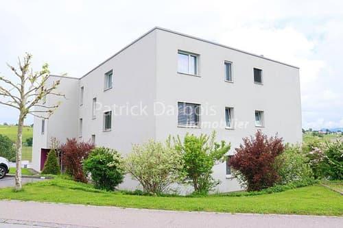 Superbe 4,5 pièces comme neuf avec grand balcon de 20 m2, garage et place de parc, vue dégagée sur le Moléson