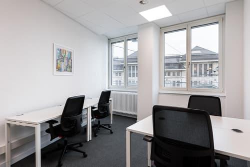 Bureau privé pour 5 personnes à Regus Lausanne Main Station