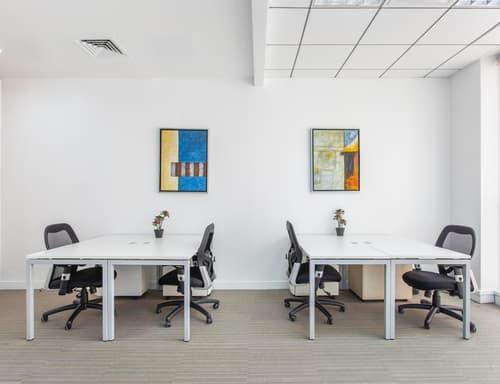 Uffici arredati per 3 o 4 persone Regus Quartiere Maghetti