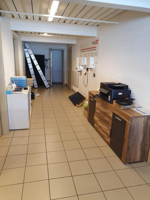 Bureau commercial - 4 pièces à Givisiez