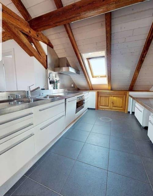 Magnifique attique / 3.5 pièces / balcon & véranda