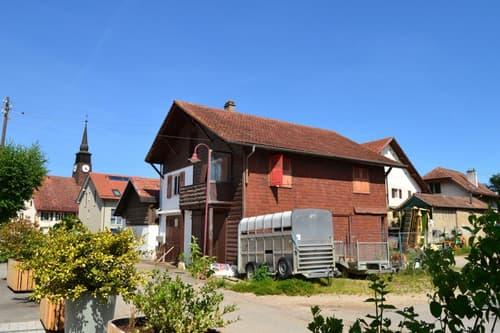 Vous cherchez une maison à rénover ? La voici !