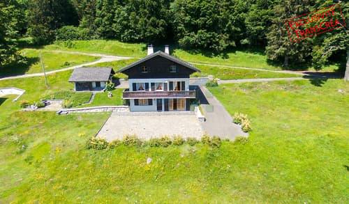 Chalet de 6.5 pièces et garage  Magnifique vue sur le lac et les Alpes