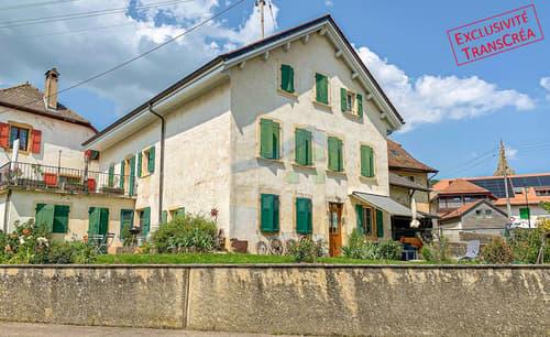 Maison villageoise au coeur de Bonvillars avec terrasse et jardin