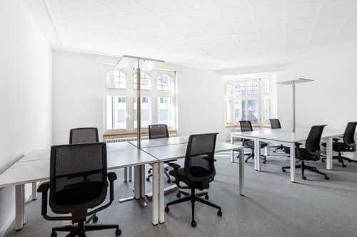 Flexible Arbeitsplätze mit eigenem Schreibtisch in Spaces Seefeld