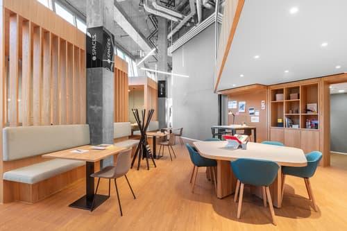 Flexible Arbeitsplätze mit eigenem Schreibtisch in Spaces The Circle