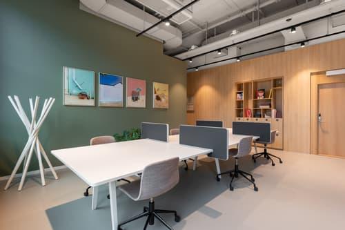 Flexible Arbeitsplätze mit eigenem Schreibtisch in Spaces Z.ONE