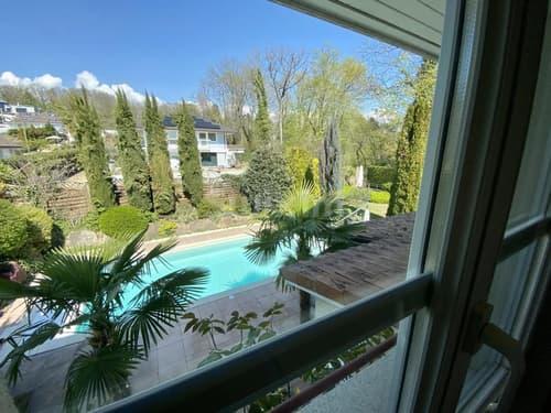 Maison avec piscine et jardin/forêt et petite rivière à Cran-Pré-Céligny - 3 minutes du lac.