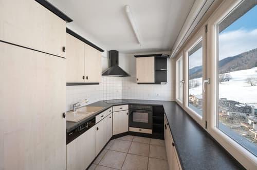 Agréable appartement lumineux, avec vue dégagée sur les hauteurs de Moutier !