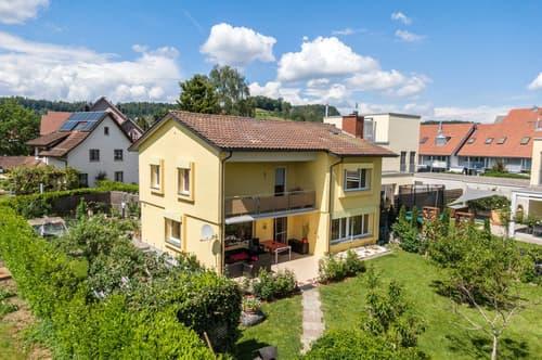 Schmuckes Einfamilienhaus mit Gartenoase