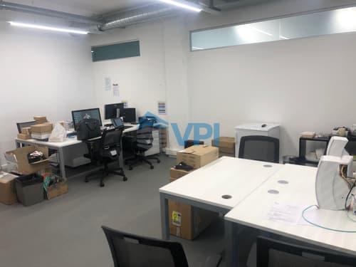 ETOY - Bureau de 75.40 m2 situé dans le centre iLife City