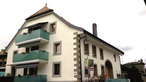 Grande maison villageoise rénovée