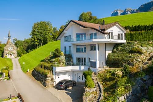RESERVIERT: EFH an Bestlage mit spektakulärer See- und Bergsicht (1)