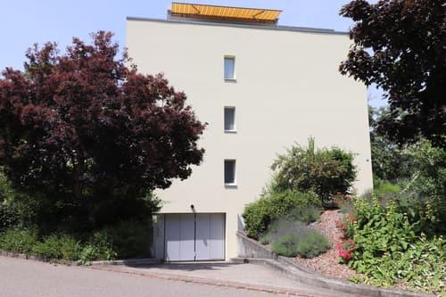Auto-Einstellplatz in Bättwil zu mieten