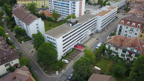 zentral gelegene Gewerbefläche 200m2-1800m2 mit vielen Parkierungsmöglichkeiten!