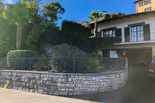 Splendida villa con giardino di 4.5 locali a Breganzona