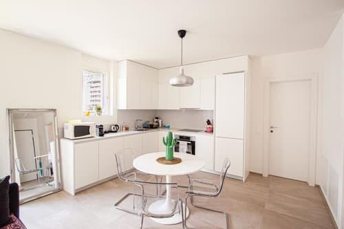 Nuovo appartamento arredato dotato di tutti i comfort (anche per brevi periodi)