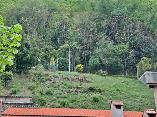Terreno edificabile, 316 mq, posizione dominante ben esposta, nel verde con vista aperta