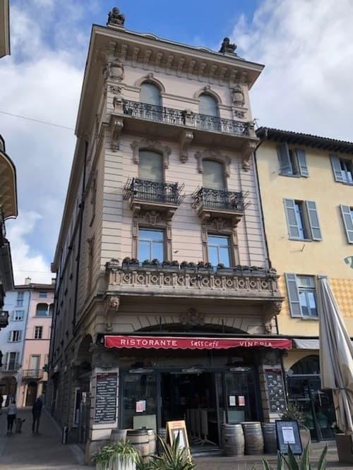 Affittasi ufficio di prestigio in centro a Lugano