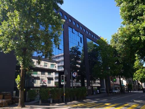 Affittasi Ufficio al 4° piano di mq 150