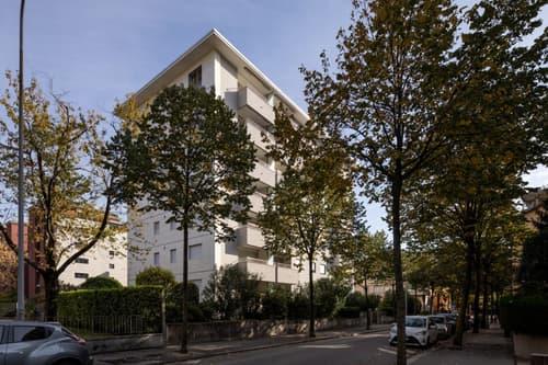 Affittasi Appartamento luminoso e moderno di 3 1/2 locali con doppi servizi