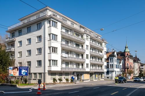 Sanierte 3.5-Zimmerwohnung im Herzen des Maihofquartieres