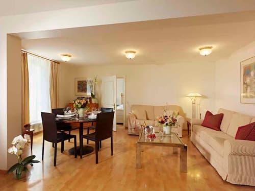 2.5 Zimmer Wohnung mit Sitzplatz in der RESIDENCE ZINGGENHÜSLI