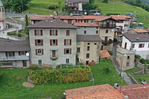 Spaziosa e imponente Casa Ticinese con bella vista aperta