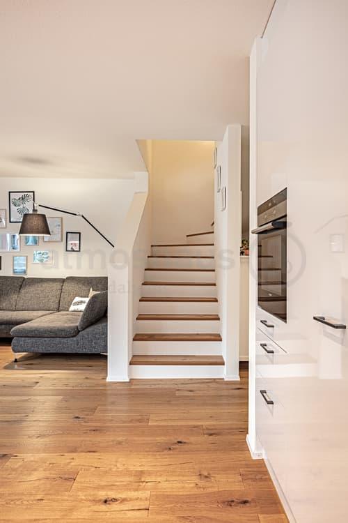 3-stöckiges 8.5 Zimmer EFH, planbar als 2-Generationenhaus