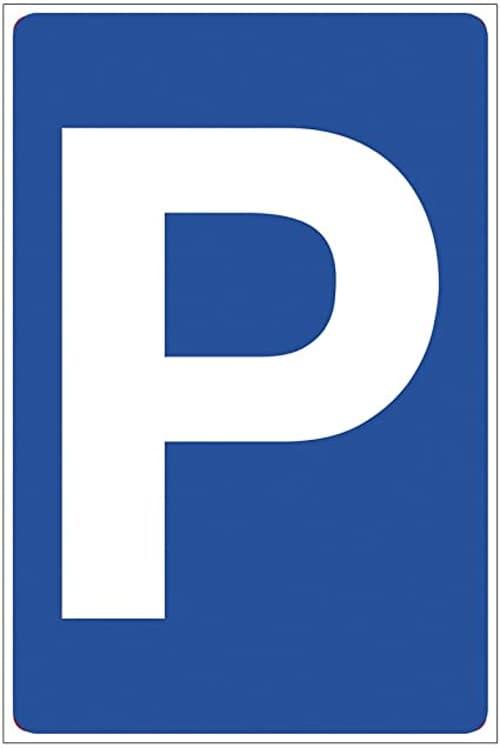 CENTRO CHIASSO: Affittasi posti auto interni numerati