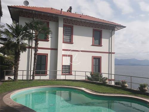 Villa d'Epoca fronte Lago