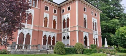 Accogliente appartamento con mansarda in bellissima villa