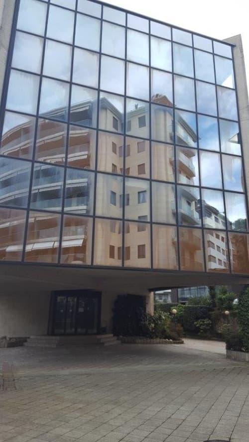 Intero stabile ad uso amministrativo in zona centrale a Lugano