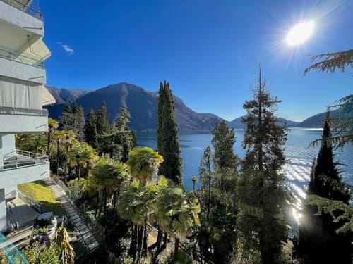 Elegante appartamento con affascinante vista lago