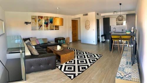 A vendre ARNAS, appartement T4 de 86 m² avec grand jardin de 180 m² et