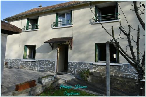 Dpt Cantal (15), à vendre YDES maison P5