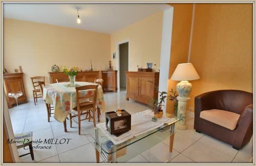 Dpt Mayenne (53), à vendre EVRON appartement  de 4 pièces de 76,07 m²