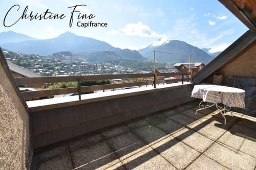 BRIANCON T1 avec terrasse + grand coin montagne