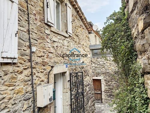 Dpt Ardèche (07), à vendre LES VANS Maison de village 28,54 m2 Hab -