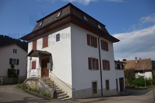 Maison locative 8 pièces - 268 m2