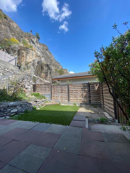 Charmant 2.5 pièces avec jardin/terrasse avec possibilité de conciergerie - Sion