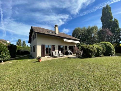 Spacieuse villa individuelle et familiale de 6.5 pièces avec grand jardin