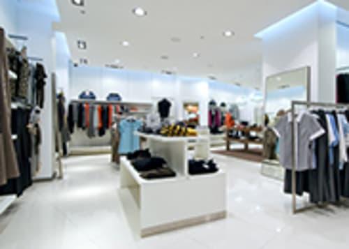 Lugano Via Pessina : Splendido negozio d'angolo