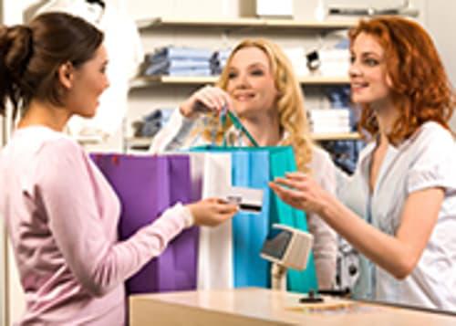 Region Bern : charmante Brautmode Boutique zu vermieten
