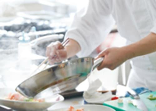Lausanne : Cuisine de Production équipée à vendre