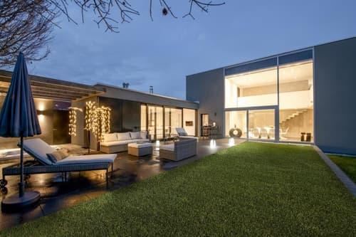 BIEN D'EXCEPTION Propriété d'Architecte de luxe au design ultra moderne et raffiné signée de la main d'une architecte de renom