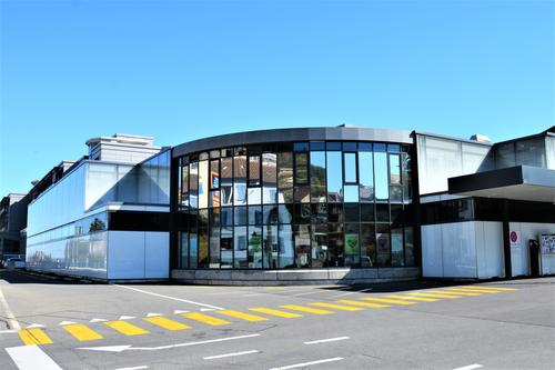 Proche du centre de Neuchâtel - Bureau de 138 m2 au 1er étage