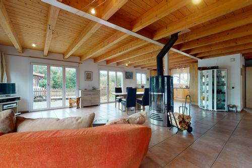 Magnifique propriété avec écurie pour chevaux et grand atelier